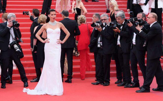 Adriana Lima 2017 : Adriana Lima: Loveless Premiere at 70th Cannes Film Festival -40