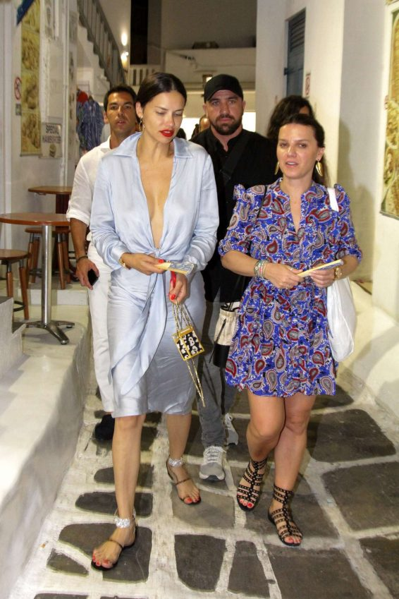 Adriana Lima – Out in Mykonos-05