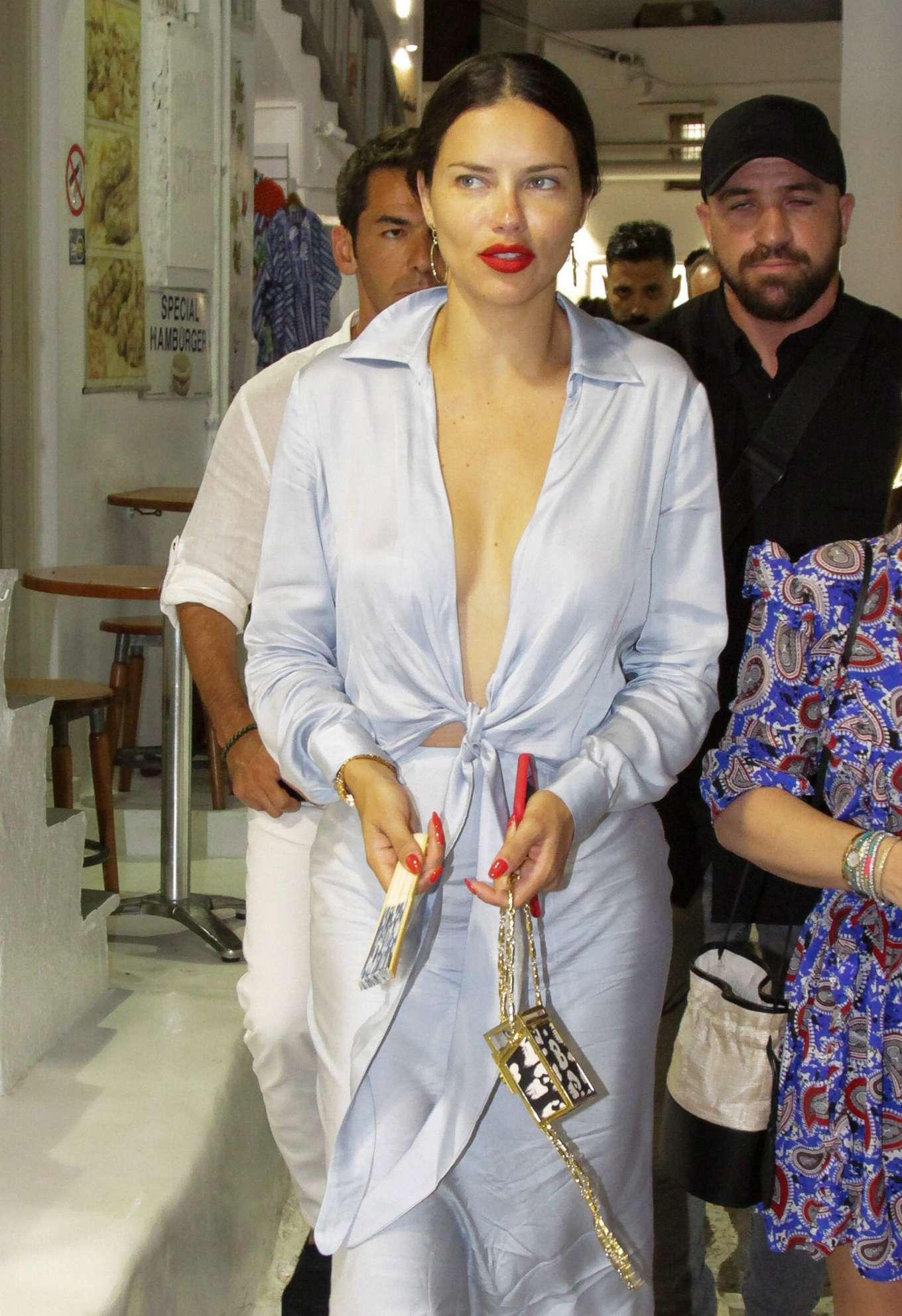 Adriana Lima Out In Mykonos Gotceleb