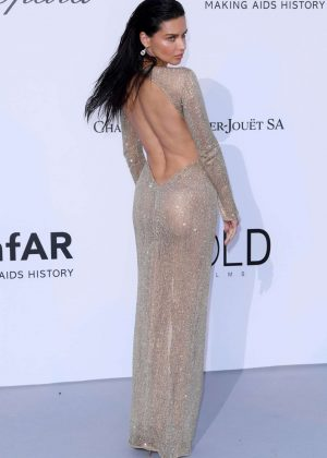 f8d1761118577 Adriana Lima – Red Carpet at amfAR s Cinema Against AIDS Gala in Cannes
