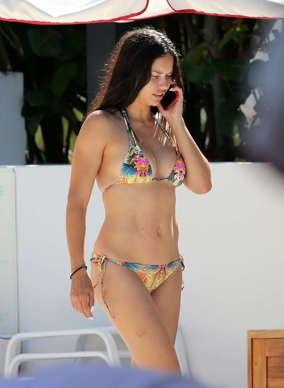 Adriana Lima 2019 : Adriana Lima – Spotted on the beach in Miami-09