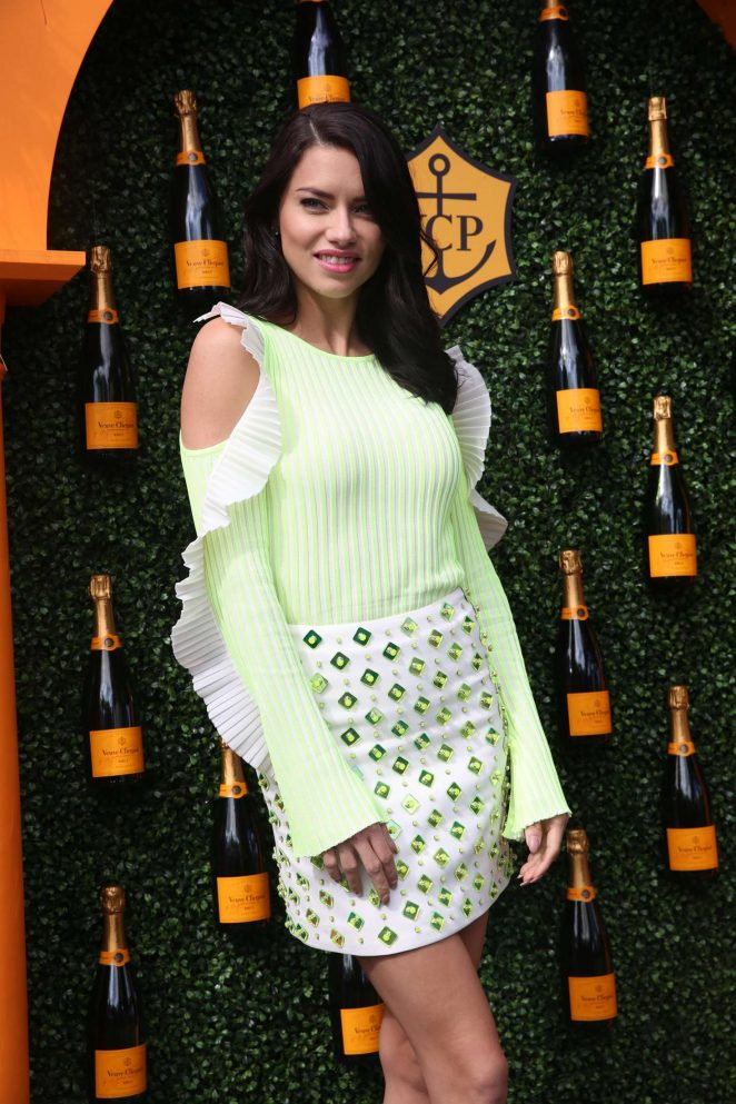 Adriana Lima - Veuve Clicquot Carnival in Miami