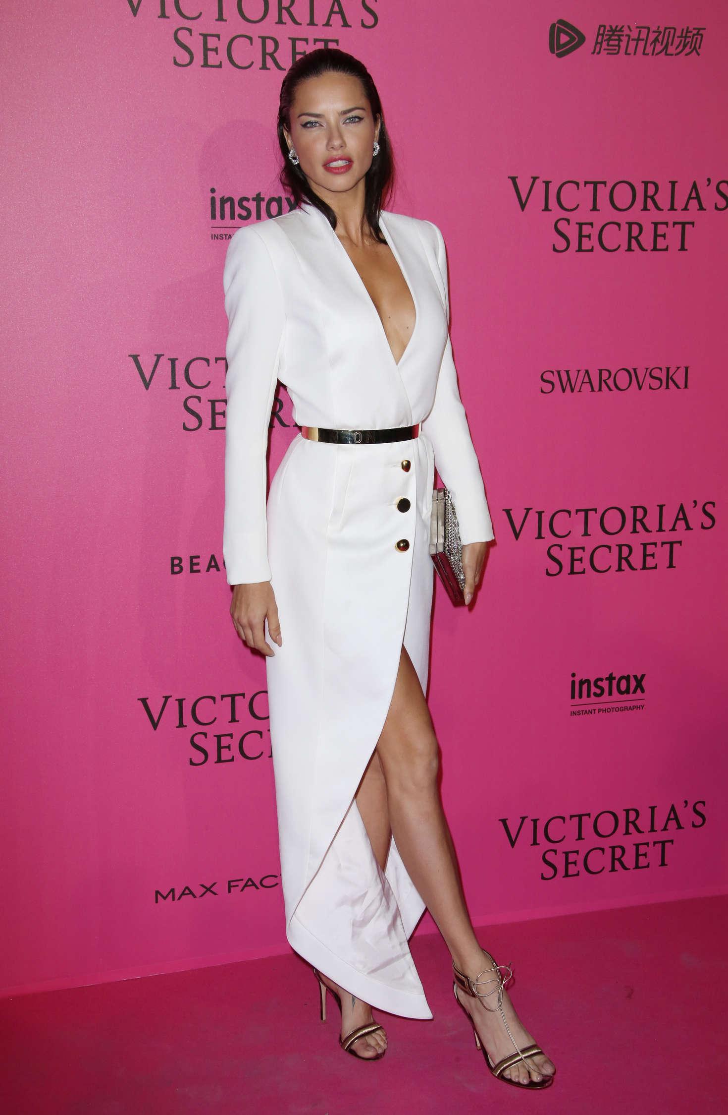 Adriana Lima: Victorias Secret Fashion Show 2016 After ...
