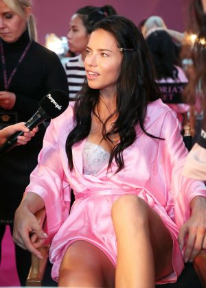Adriana Lima - Victoria's Secret Fashion Show Backstage 2016 in Paris