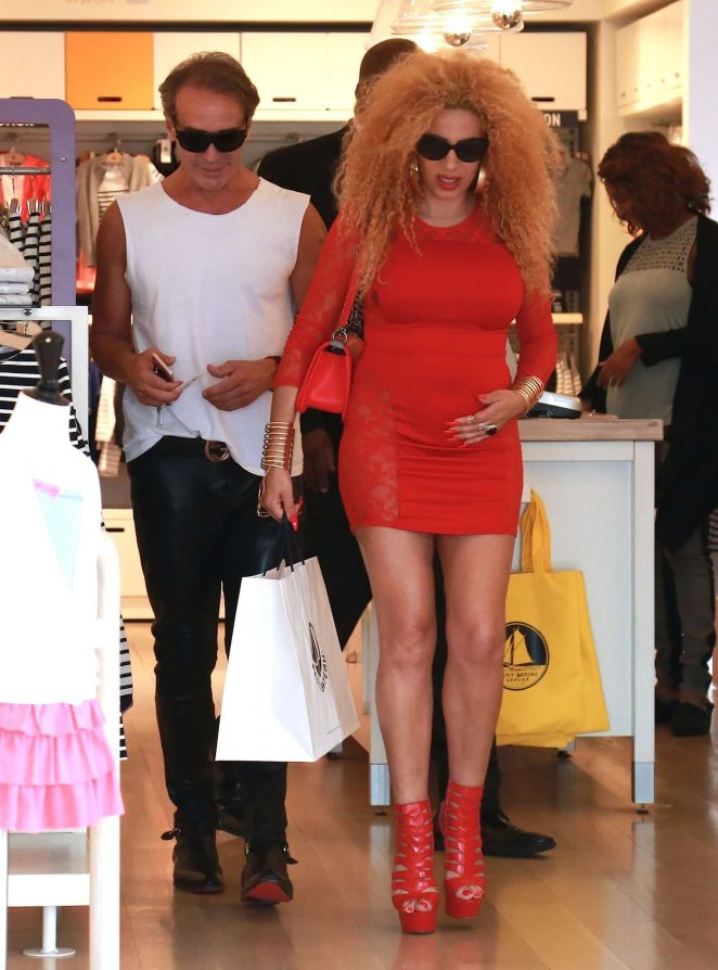 Afida Turner - Shopping at Petit Bateau in Beverly Hills