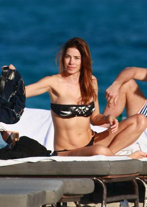 Aida Yespica - Bikini Candids at the beach in Miami