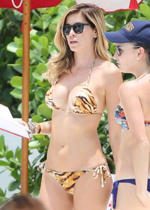 Aida Yespica in Animal Print Bikini at the beach in Miami