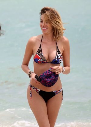 Aida Yespica in Bikini on the beach in Miami