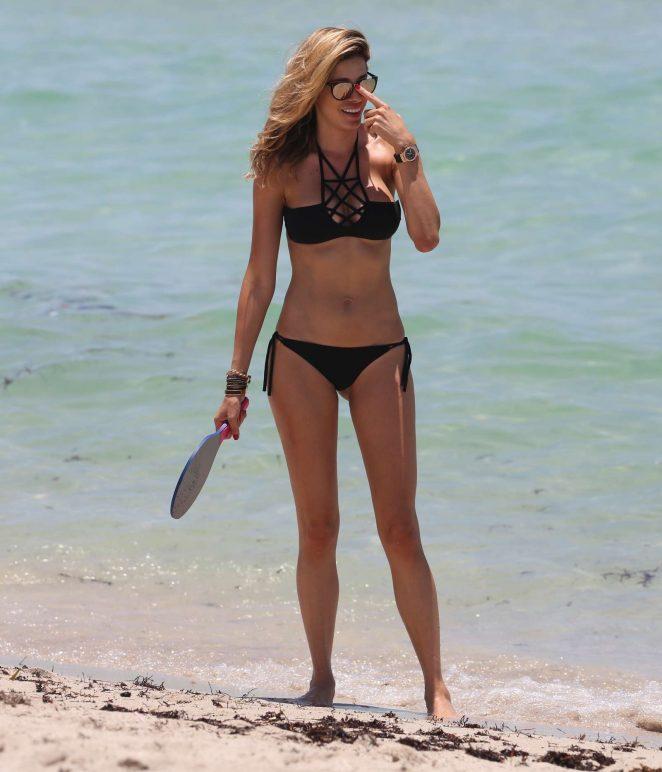Aida Yespica in Black Bikini 2016 -28