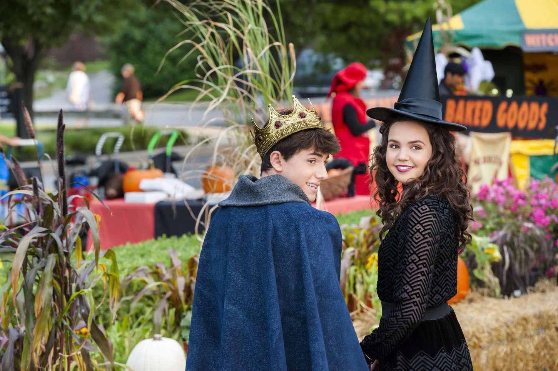 Bailee Madison 2015 : ailee Madison: Good Witch Season 2 Halloween Special Promos Stills -02