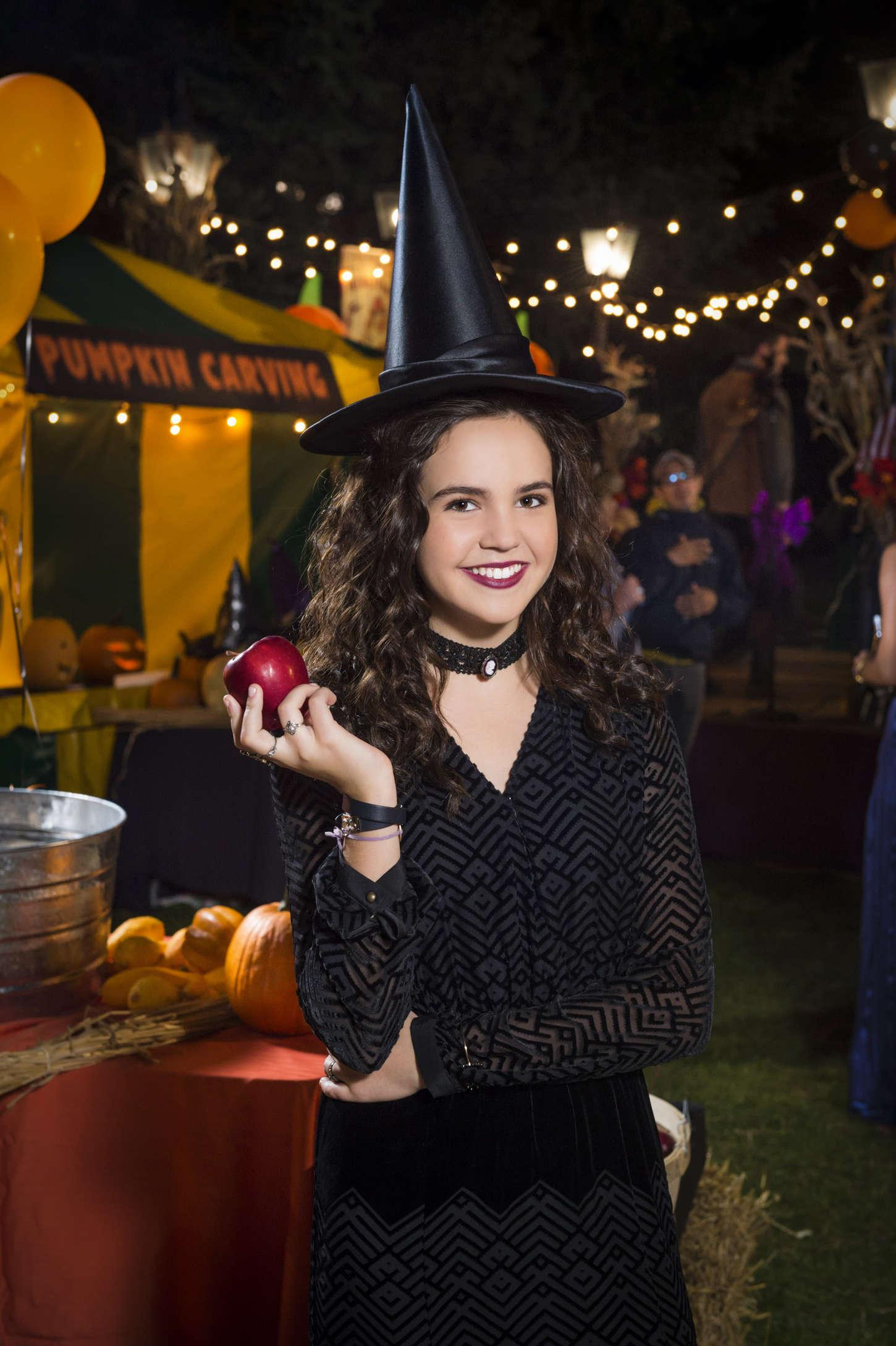 Bailee Madison 2015 : ailee Madison: Good Witch Season 2 Halloween Special Promos Stills -06