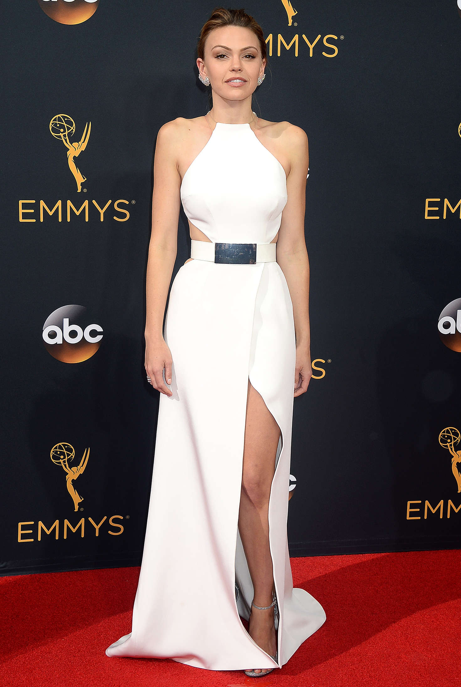Aimee Teegarden 2016 : Aimee Teegarden: 2016 Emmy Awards -01