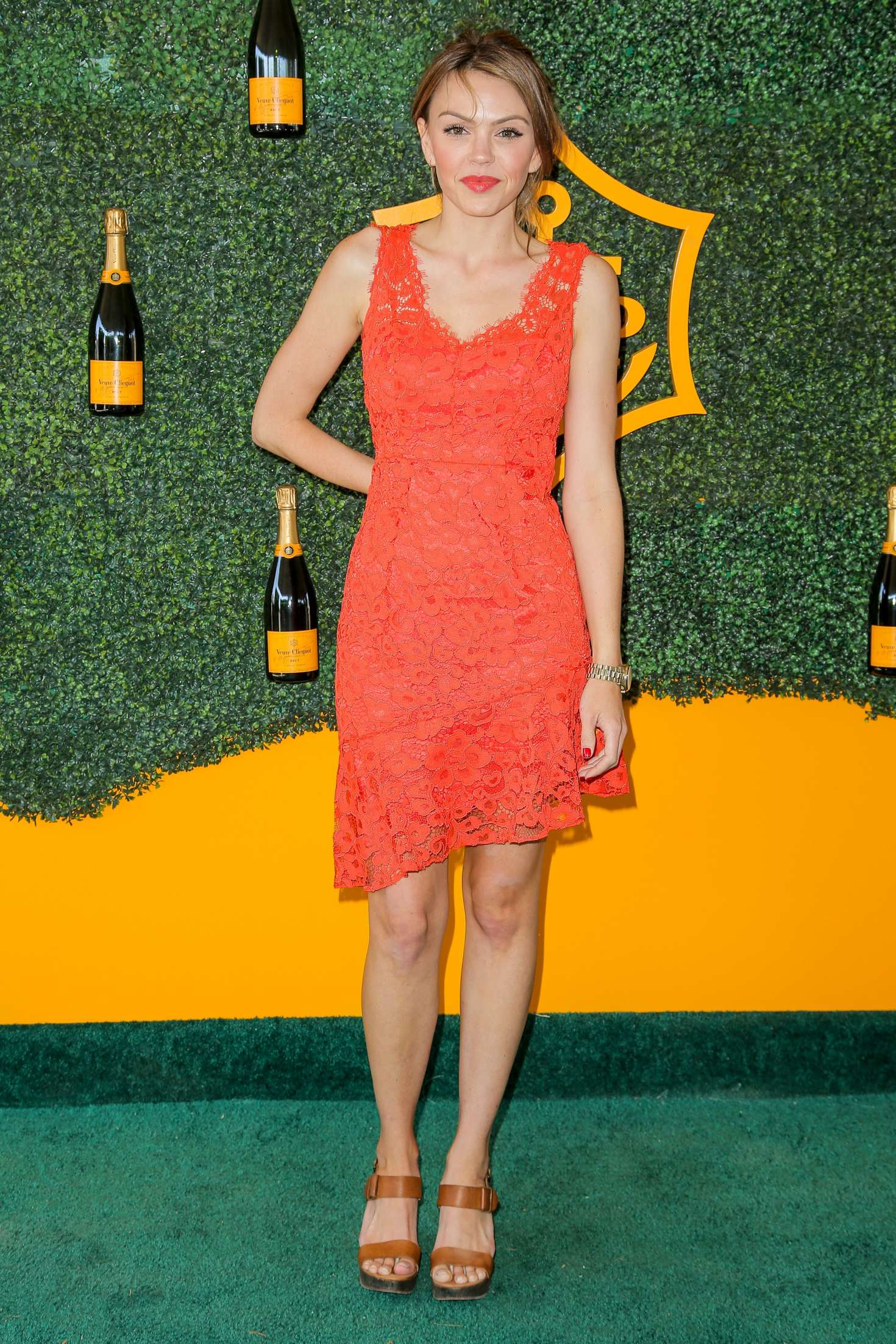 Aimee Teegarden 2016 : Aimee Teegarden: 2016 Veuve Clicquot Polo Classic -02