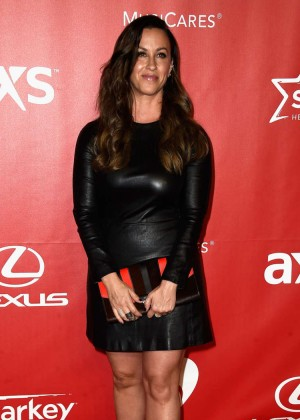 Alanis Morissette: 2015 MusiCares Person Of The Year Gala -01