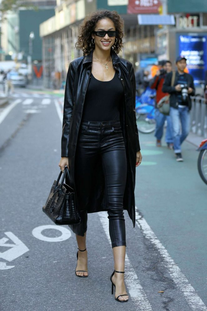 Alanna Arrington - Victoria's Secret Fashion Show Fittings in New York