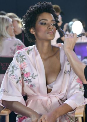 Alecia Morais - Victoria's Secret Fashion Show Backstage 2017 in Shanghai