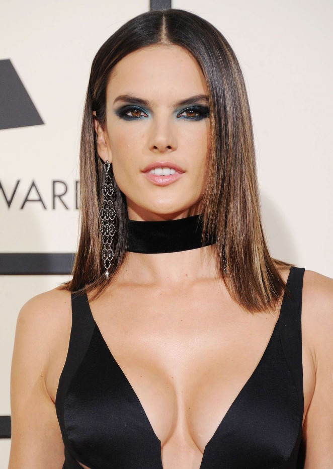 Alessandra Ambrosio - 2016 GRAMMY Awards in Los Angeles