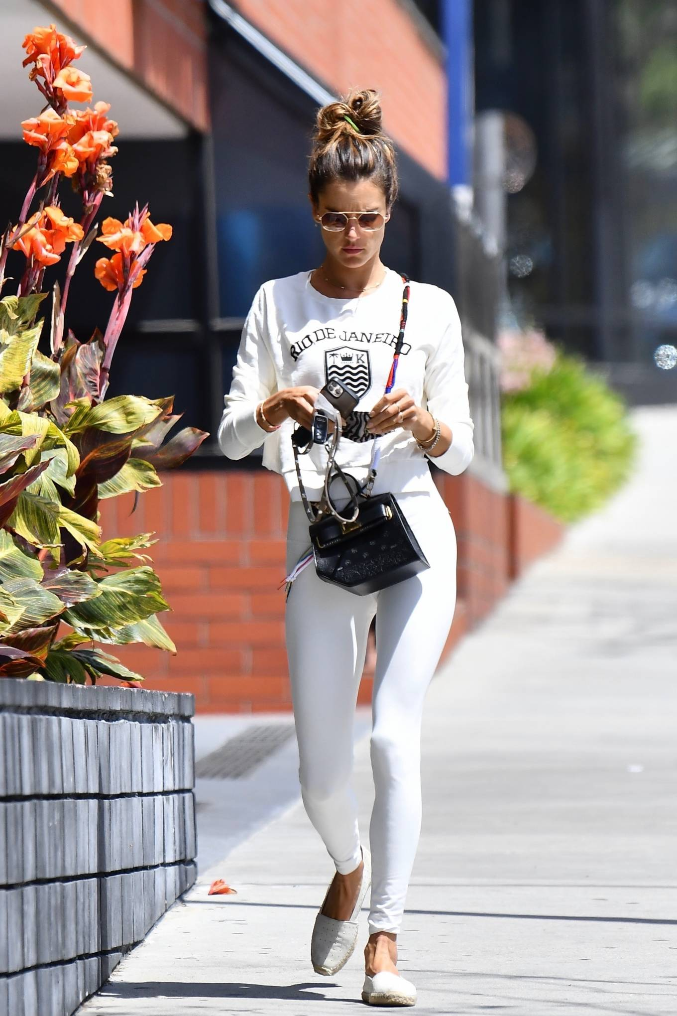 Alessandra Ambrosio 2021 : Alessandra Ambrosio – Ahead of her daily workout in Brentwood-02