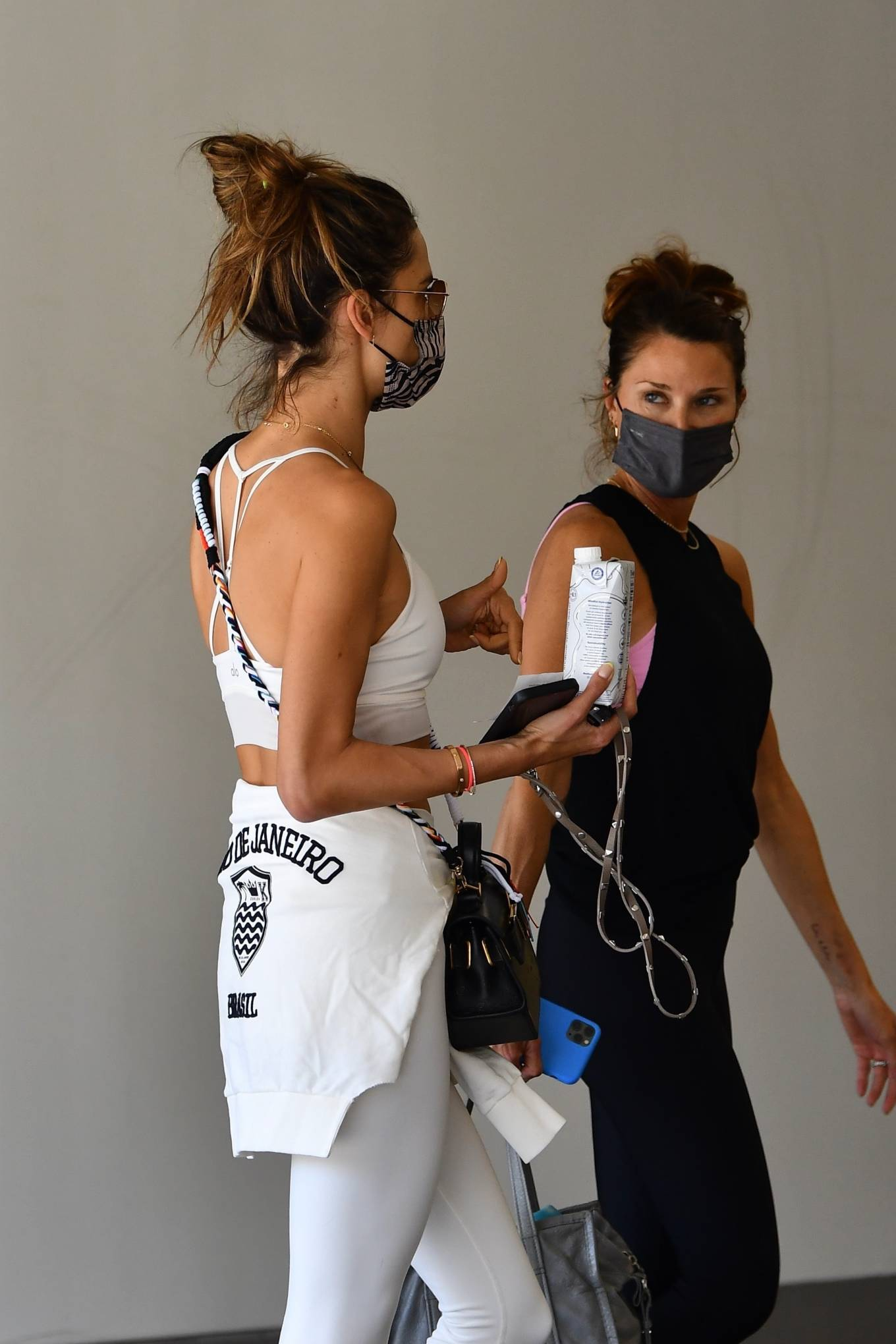 Alessandra Ambrosio 2021 : Alessandra Ambrosio – Ahead of her daily workout in Brentwood-08
