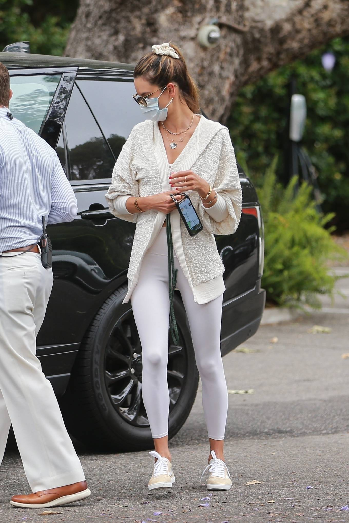 Alessandra Ambrosio - All in white at The Bel Air Hotel