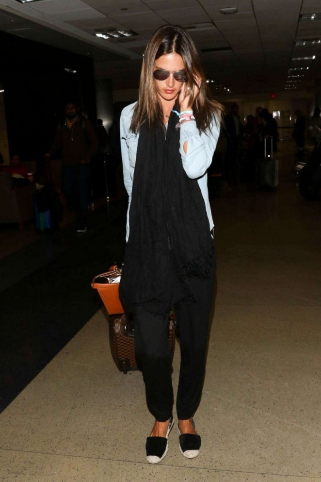 Alessandra Ambrosio - Arrives at LAX Airport in LA