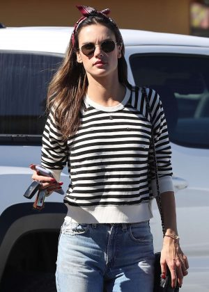 Alessandra Ambrosio - Arrives at top of the line skin care clinic in Encino