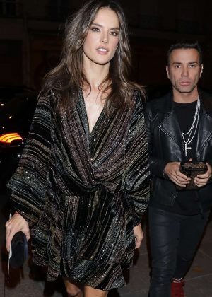 Alessandra Ambrosio - Arriving at Zadig & Voltaire Fashion Show in Paris