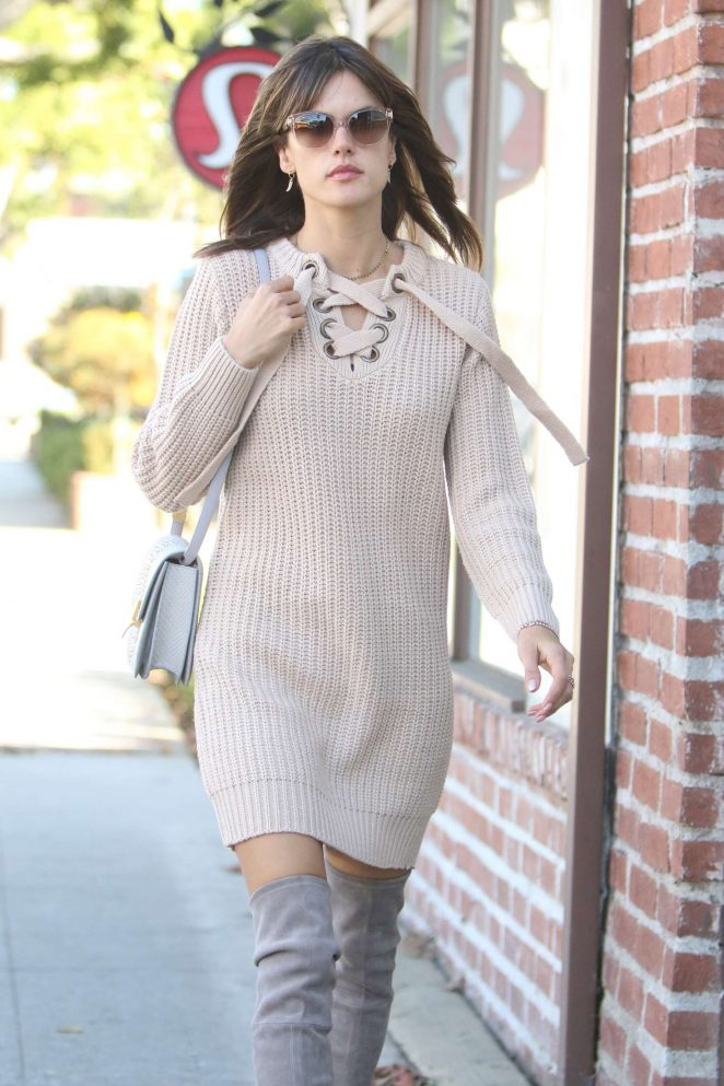 Alessandra Ambrosio at a Spa Appointment in Brentwood