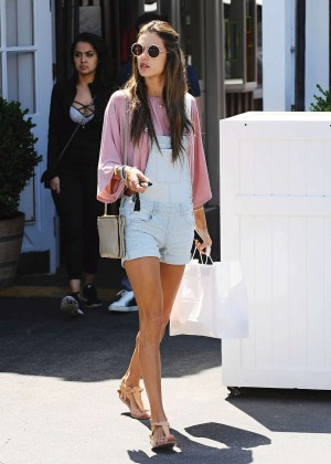 Alessandra Ambrosio in Shorts at Country Market in Brentwood