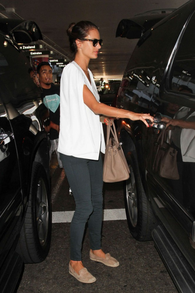 Alessandra Ambrosio in Tight Pans at LAX -02