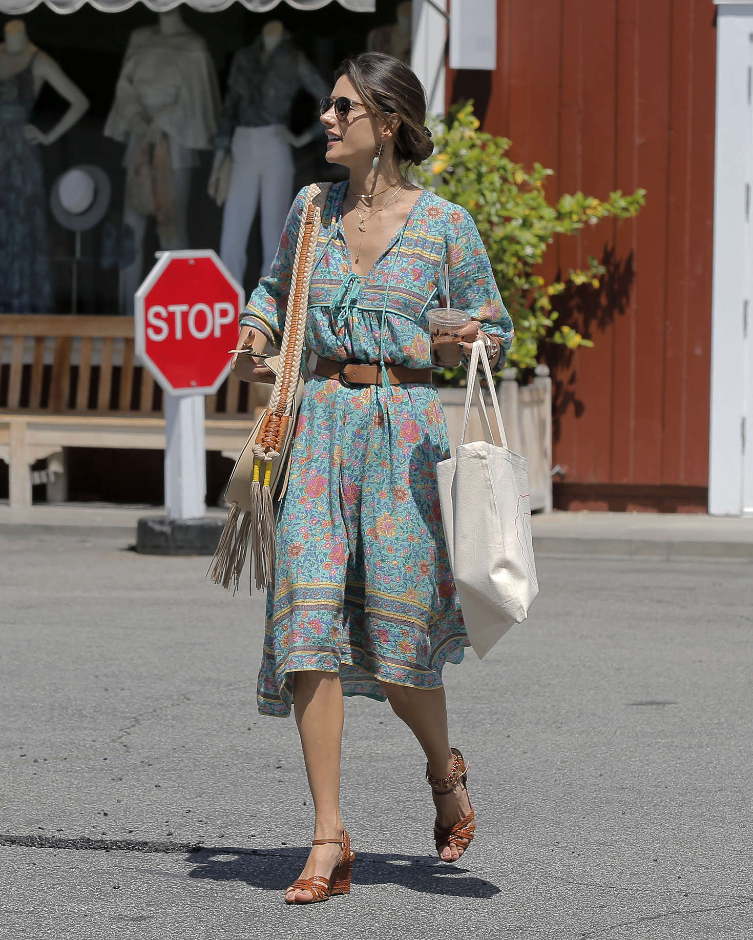 Alessandra Ambrosio at the Brentwood Country Mart -09