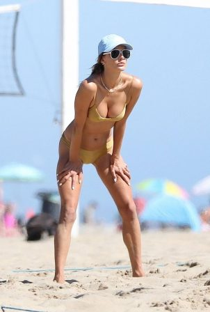 Alessandra Ambrosio - Beach volleyball in Malibu