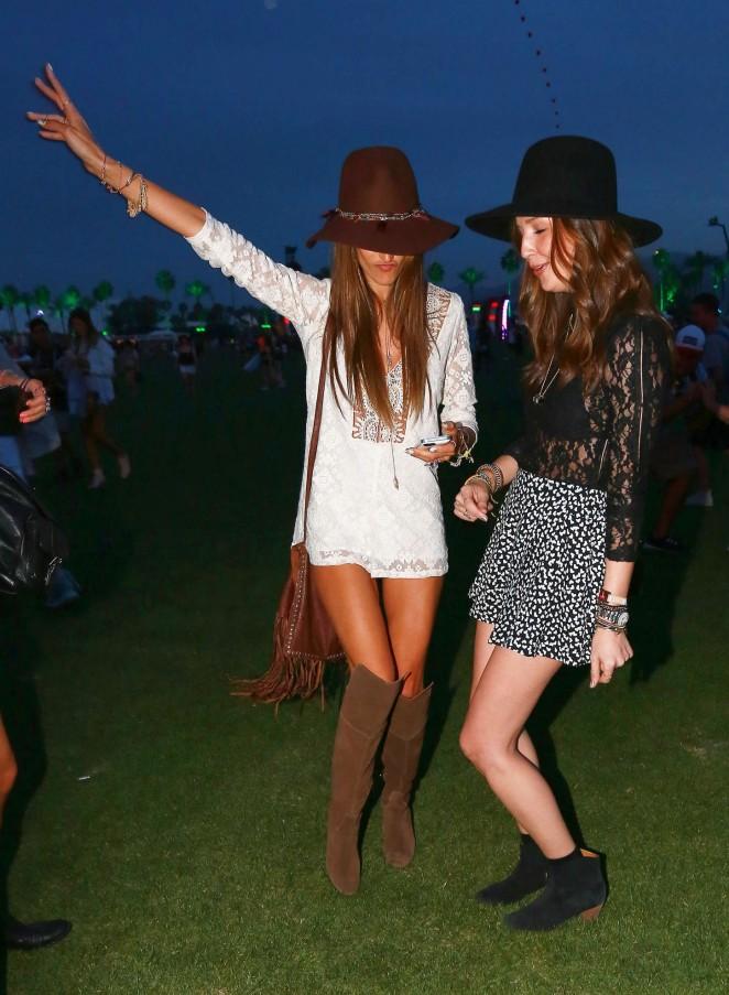 Alessandra Ambrosio – Coachella Music Festival Day 1 in Indio