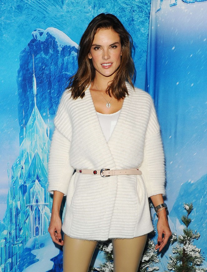 Alessandra Ambrosio - Disney On Ice in LA