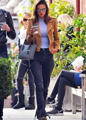 Alessandra Ambrosio grabs some coffee with a friend in Brentwood