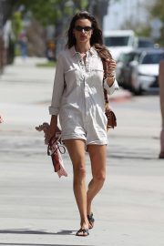 Alessandra Ambrosio - Heads to a yoga studio in Los Angeles