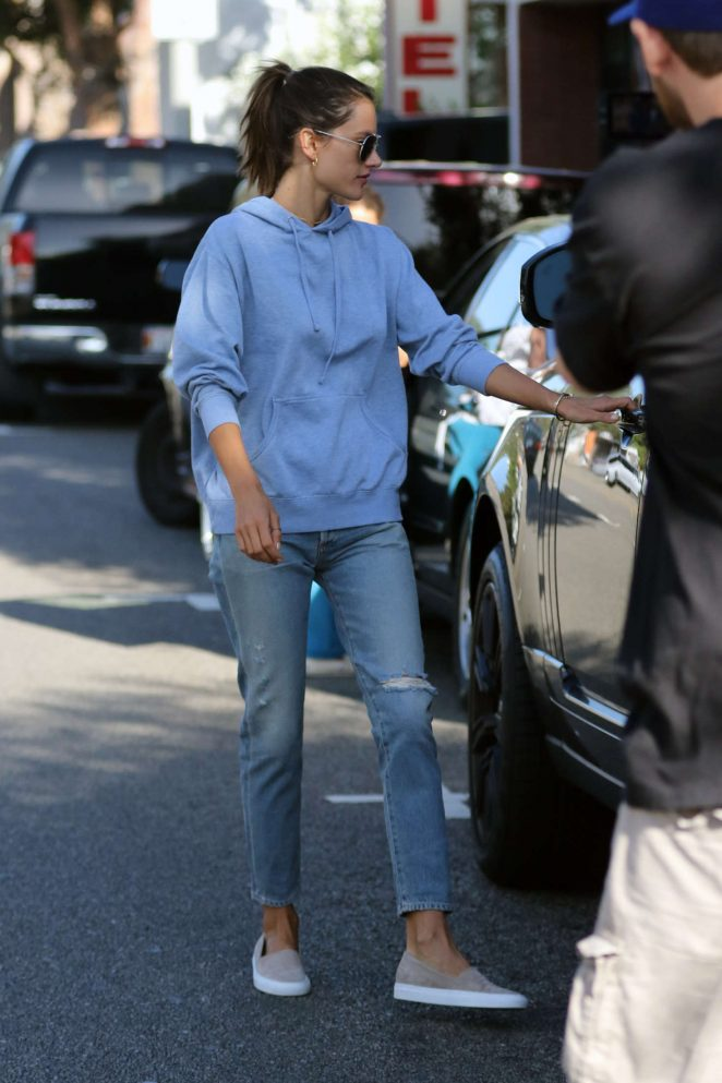 Alessandra Ambrosio – Heads to her car in Brentwood