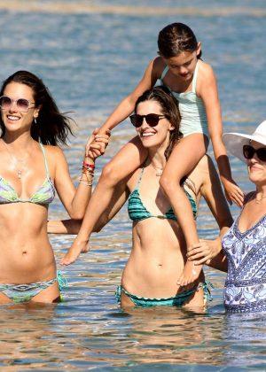 Alessandra Ambrosio in Bikini -06
