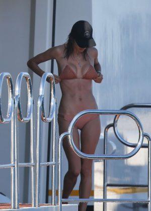 Alessandra Ambrosio in Bikini -26