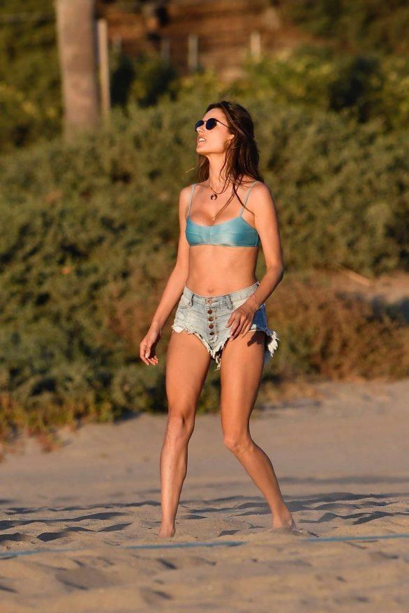 Alessandra Ambrosio 2019 : Alessandra Ambrosio in Bikini Top and Shorts-09