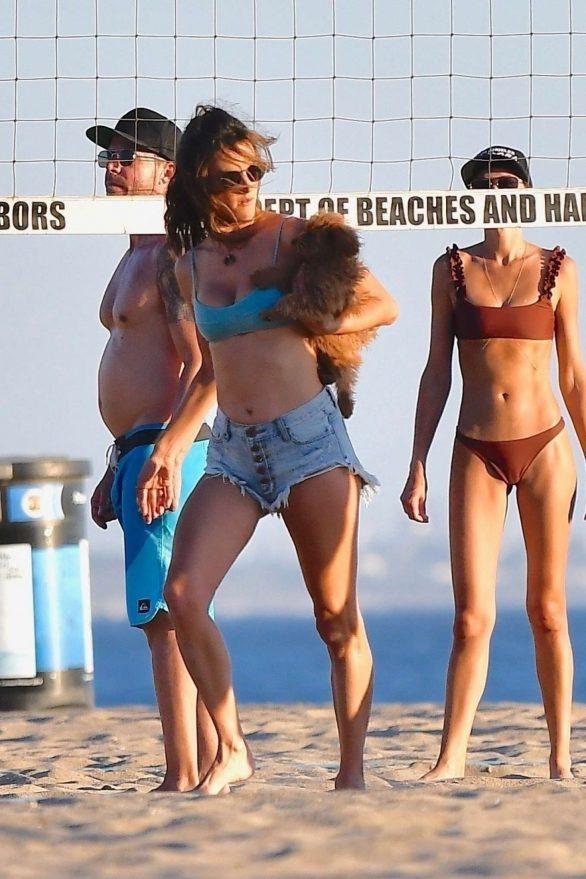 Alessandra Ambrosio 2019 : Alessandra Ambrosio in Bikini Top and Shorts-15