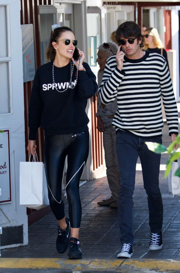 Alessandra Ambrosio in Black Tights -08