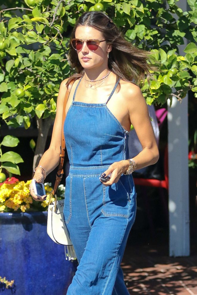 Alessandra Ambrosio in Jeans at Urth Caffe -04