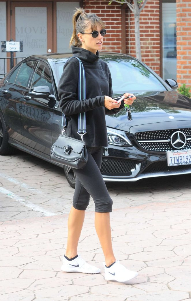 Alessandra Ambrosio in Leggings at a Gym -07