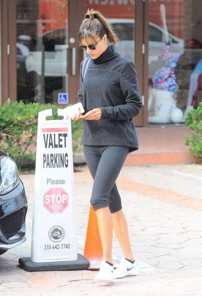 Alessandra Ambrosio in Leggings at a Gym -22