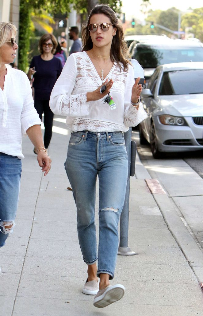 Alessandra Ambrosio in Ripped Jeans out in Santa Monica
