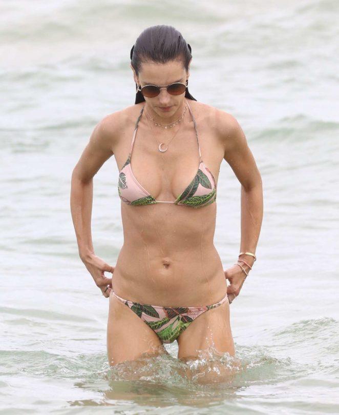Alessandra Ambrosio 2017 : Alessandra Ambrosio in Teeny Bikini 2017 -08