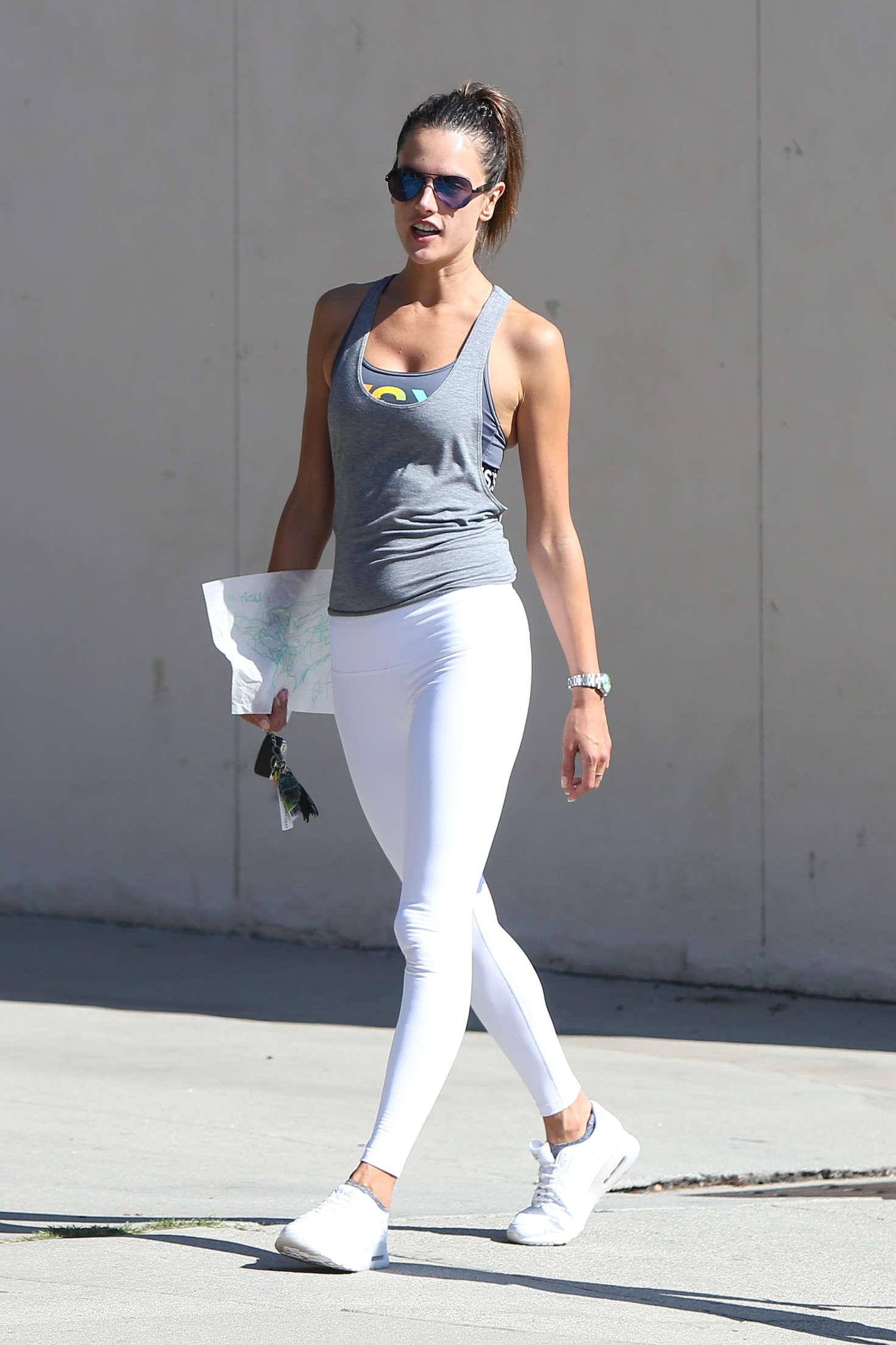 Alessandra Ambrosio 2016 : Alessandra Ambrosio Booty in White Tights -01