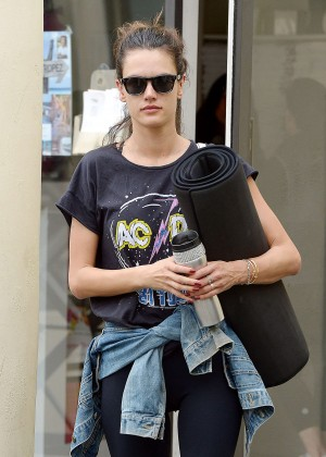 Alessandra Ambrosio - Leaving Yoga Classes in Brentwood