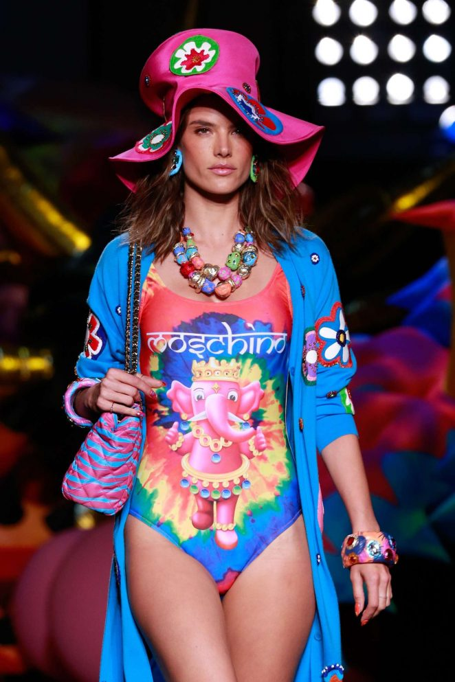 Alessandra Ambrosio – Moschino Spring/Summer 17 Resort Collection in Los Angeles